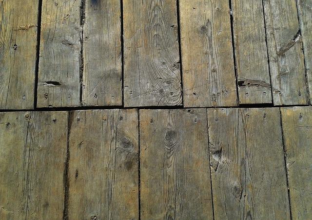 nail floor