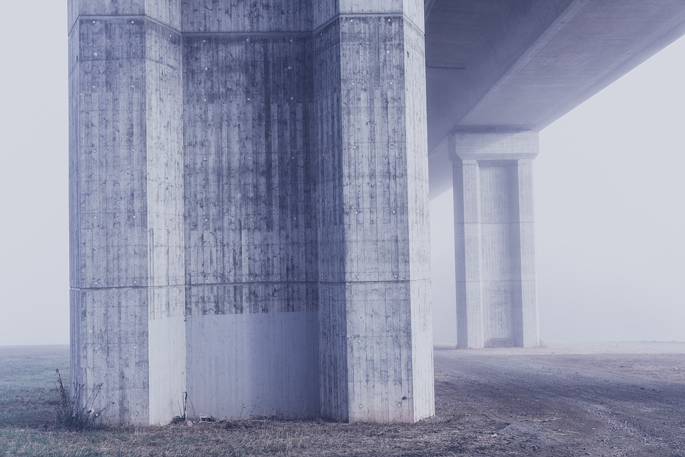 Concrete bridge support beams